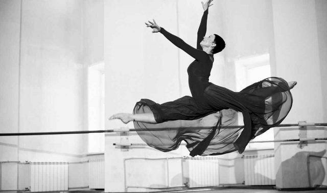 http://www.dancetime-studio.com.ar/wp-content/uploads/2019/05/inner_event_dance_02-640x379.jpg